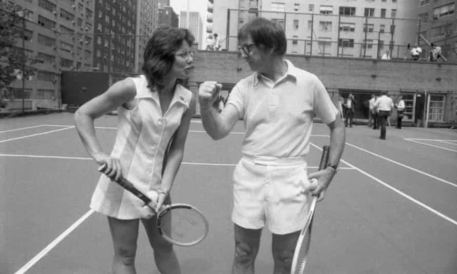 Battle of the sexes ... Billie Jean King and Bobby Riggs.