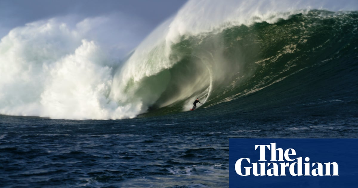 Irish surfer Conor Maguire catches Irelands biggest wave