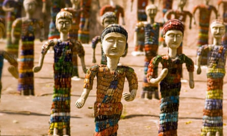 Sculptures made from recycled glass bangles in Chandigarh Rock Garden.