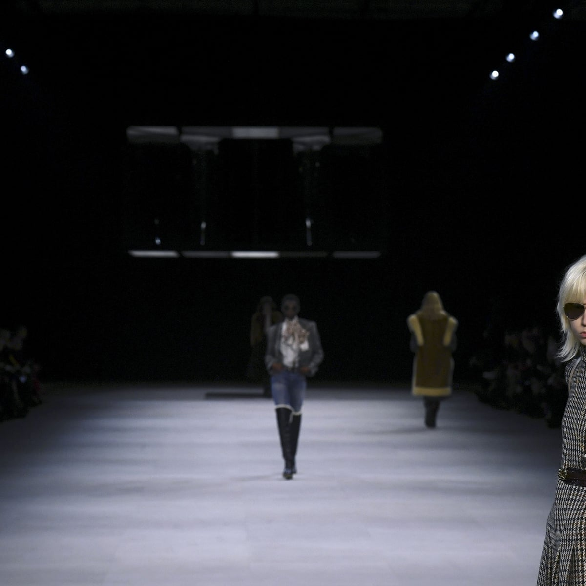 Chic And Co Paris paris fashion week: hedi slimane raises the roof with