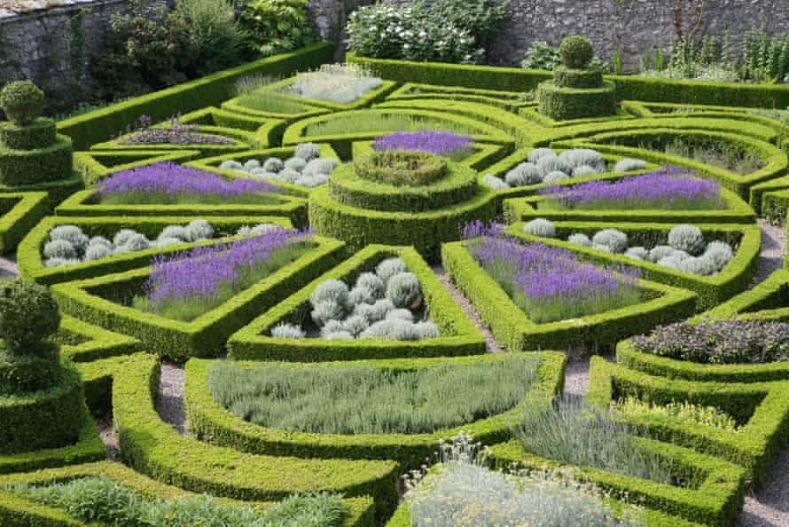 Bodysgallen Hall gardens