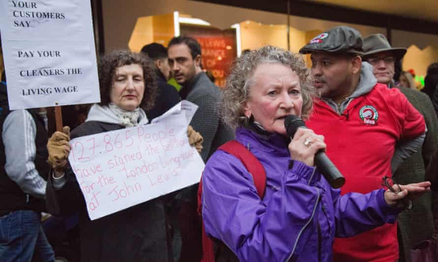 Jenny Jones joins a living wage protest by John Lewis cleaners.