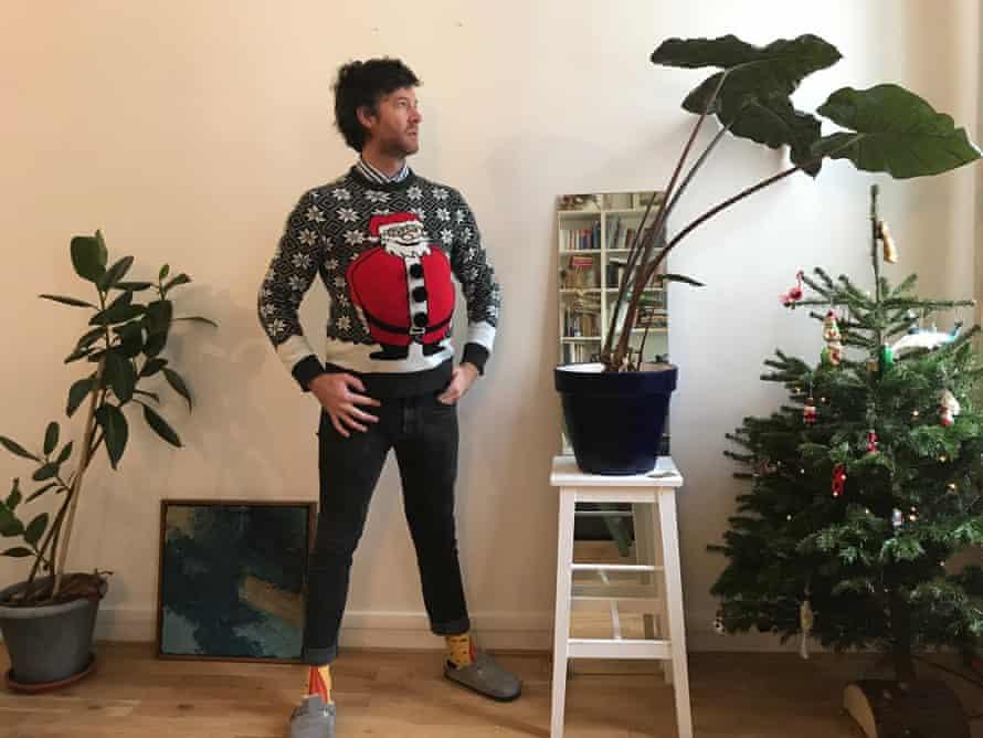 Sam Davies, missing Australians' jovial attitudes, wore a Santa belly jumper around a Parisian neighbourhood – it did not go well.