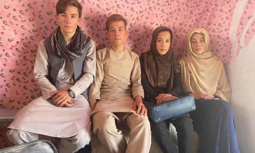 left to right Mohammad Sharif Tahmasi, Ashmatullah Tahmasi, Nahid Tahmasi and Umaira Tahmasi who fled Kabul.