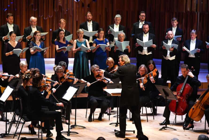 Immediate … the Sixteen and Britten Sinfonia perform Stabat Mater, conducted by Harry Christophers.