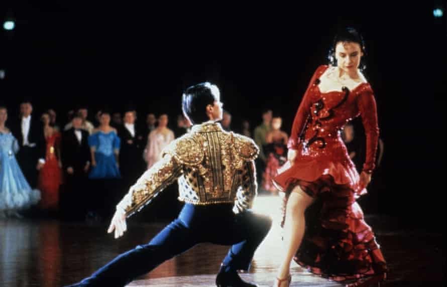 Paul Mercurio and Tara Morice dancing