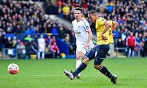 Roofe scores the third for Oxford.