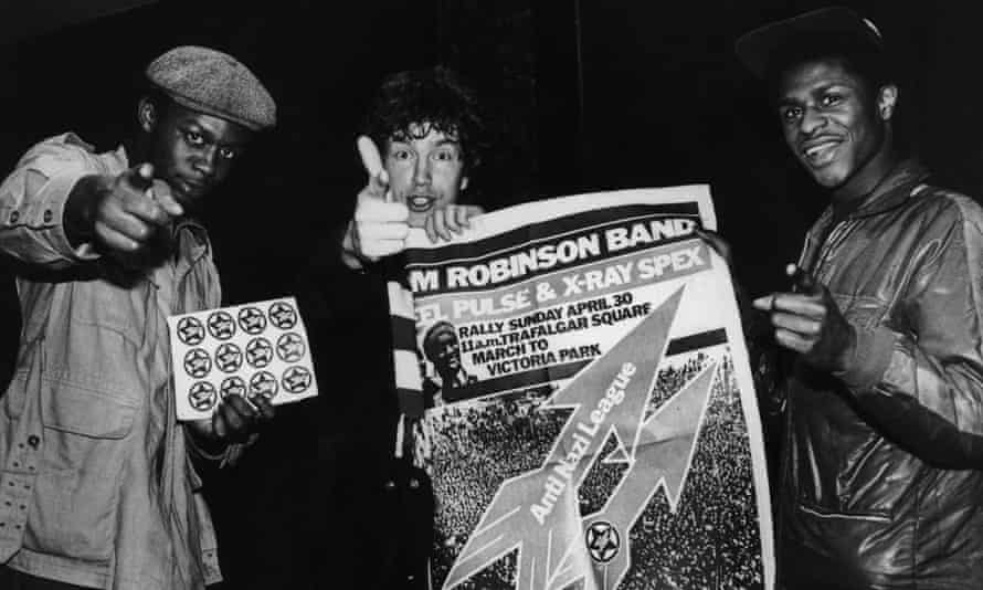 Anti-Nazi League26th April 1978: English singer-songwriter Tom Robinson and two members of Birmingham reggae band Steel Pulse promote an Anti-Nazi League rally in London on 30th April. (Photo by Evening Standard/Hulton Archive/Getty Images)