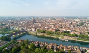 Pavia is wealthy, but its population has been shrinking since the 1970s.