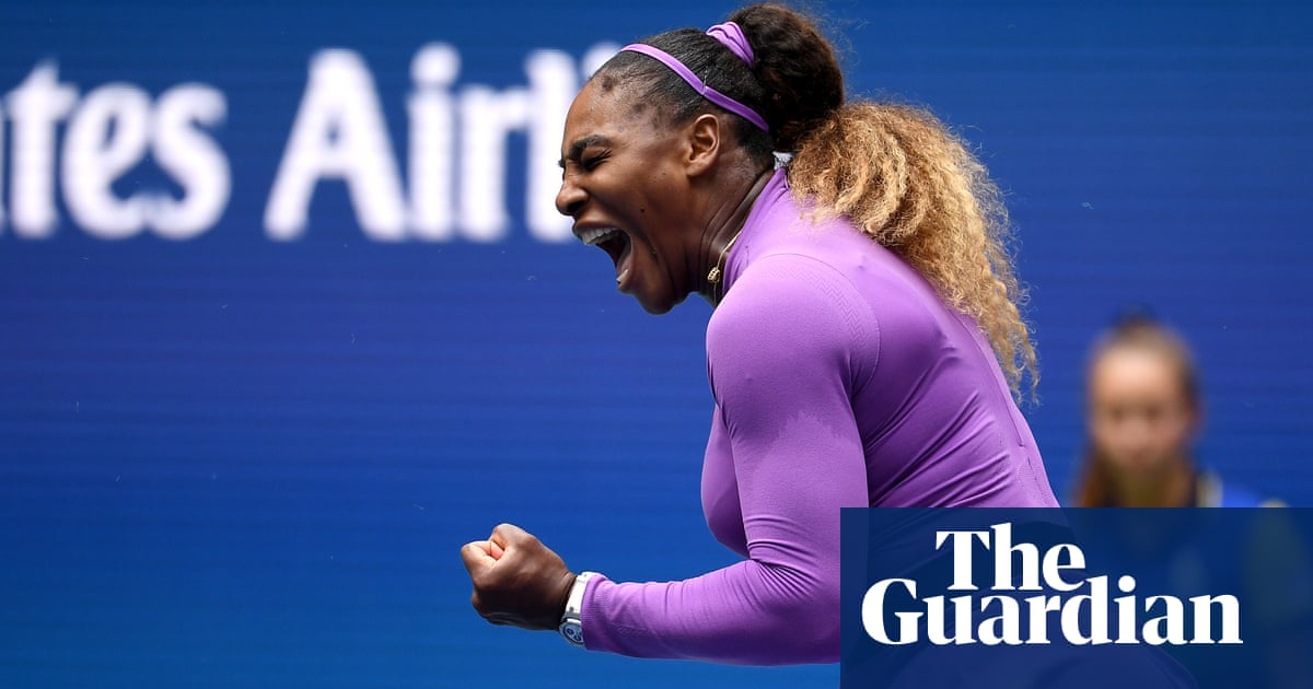 Serena Williams survives injury scare to breeze past Petra Martic