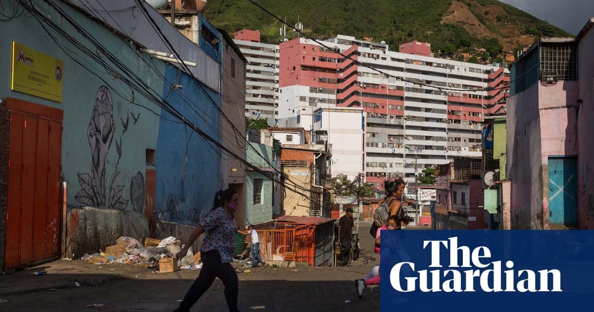 Venezuela: intense gun battles rage in Caracas between gangs and police
