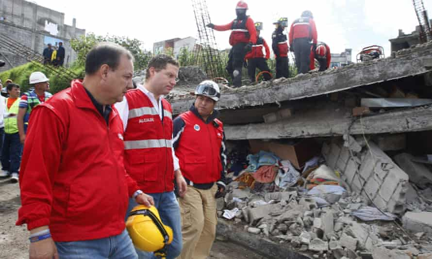 Quito's mayor Mauricio Rodas inspects his earthquake-hit city.