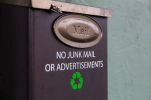 The mailbox has a sign stating no junk mail or advertisements, as zero-waste practitioners see even recycling as a last resort
