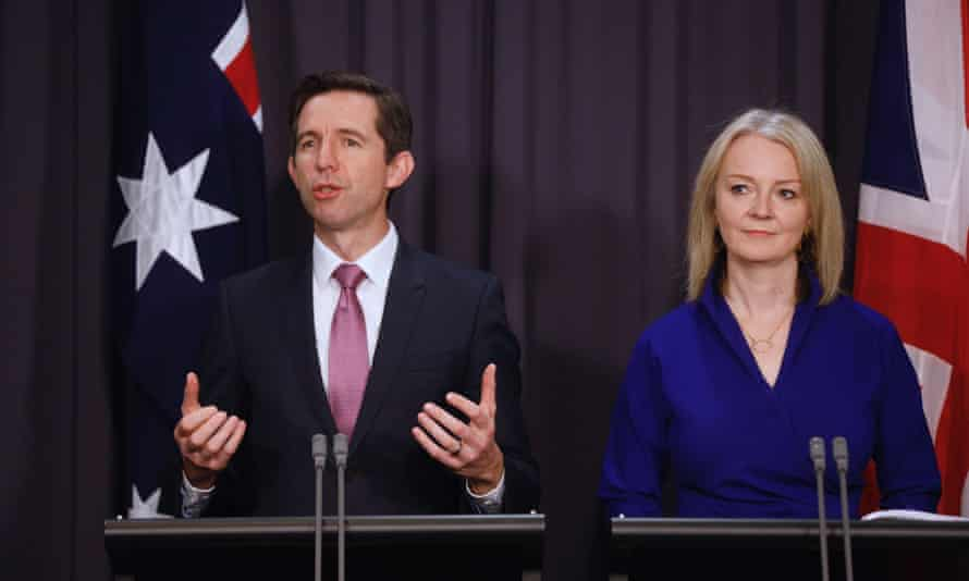 The Australian trade minister, Simon Birmingham and the UK international trade secretary, Liz Truss, at a press conference in Canberra in September.