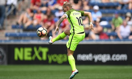 Jess Fishlock, Reading's marquee signing of the summer, in action for her parent club Seattle Reign.