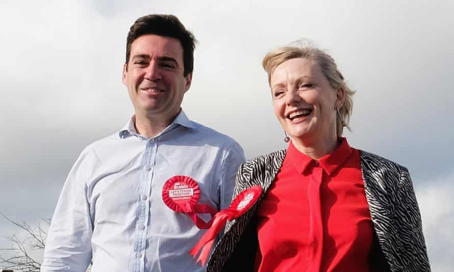 Tracy Brabin with Andy Burnham canvassing before the Batley and Spen byelection in 2016.