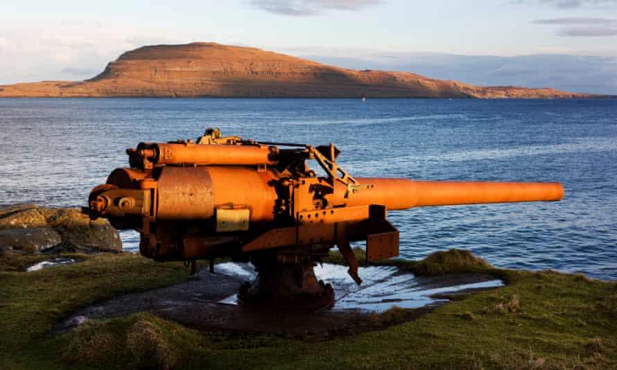 یک اسلحه دریایی انگلیس از جنگ جهانی دوم به استریموی.