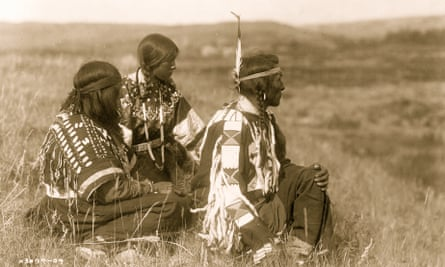 Native Americans are displaced as the line of European settlement advances.
