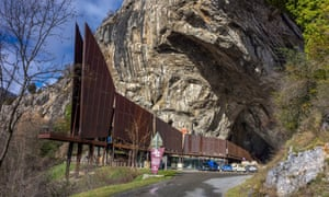 The entrance to Niaux caves.