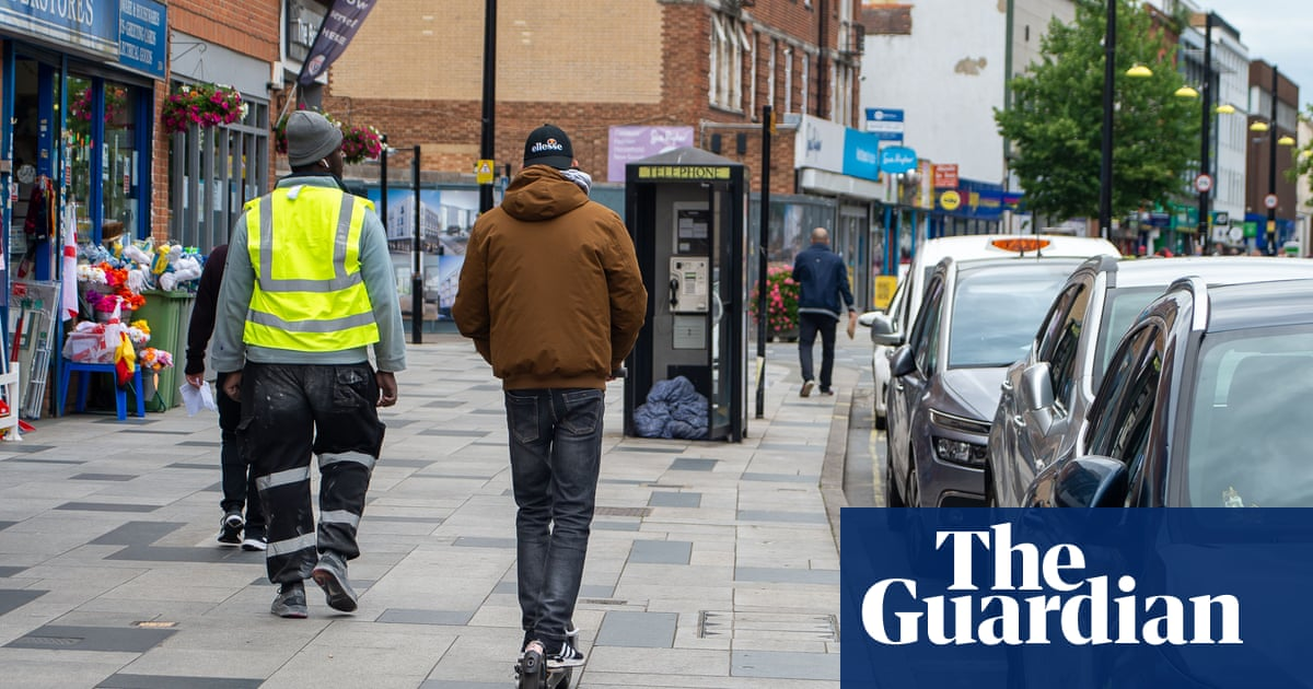 Calls for legal review of UK welfare screening system which factors in age