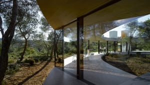 Geers and Van Severen tried to make their Solo House 'the least like a house as possible'.