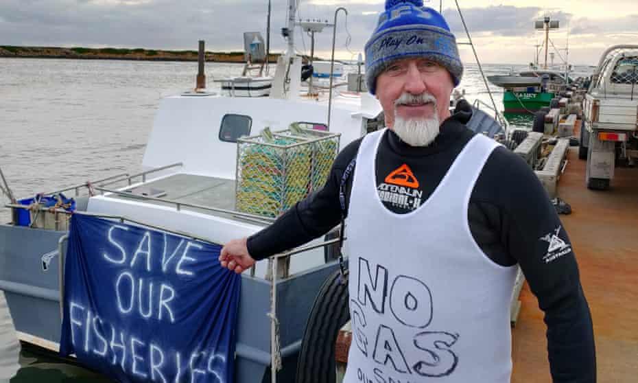 Tony 'Bear' Alexander protesting against seismic testing off King Island.