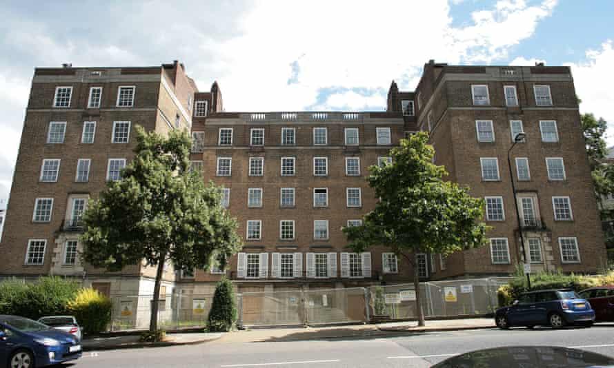 Duke's Lodge mansion block