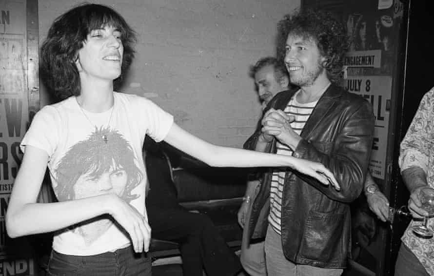 Bob Dylan with Patti Smith in New York, 1975
