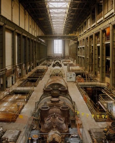 Tate Modern's turbine hall before its refurbishment