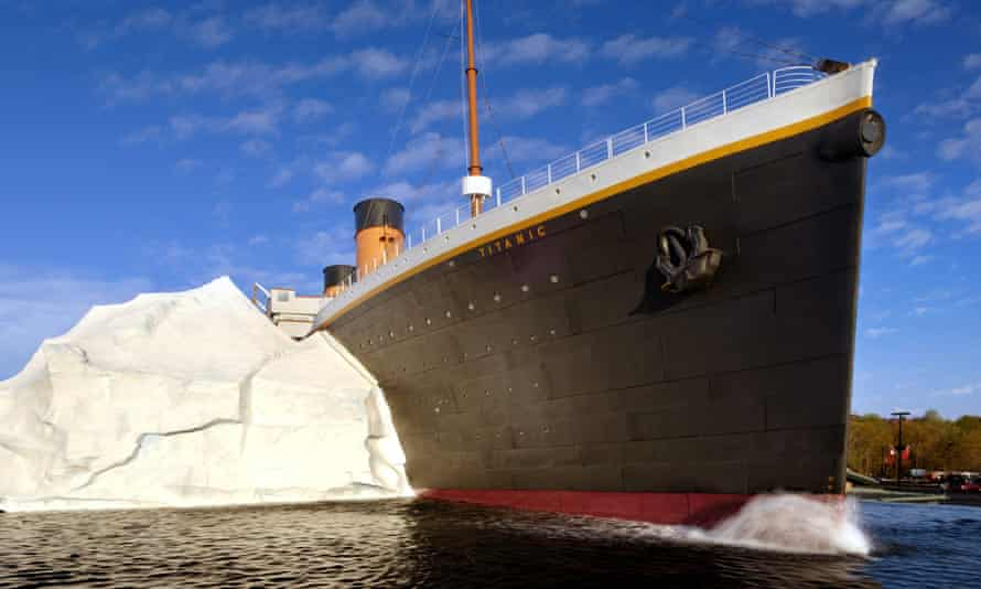 The Titanic replica at the Pigeon Forge tourist attraction. The ice wall has now partially collapsed.