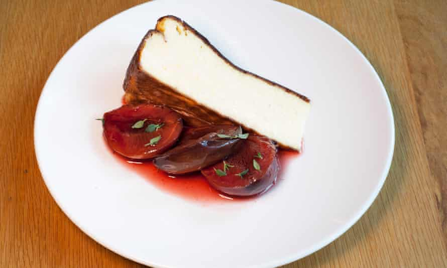 'Roasted with thyme': cheesecake with plums.