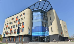 The Allam medical building provides a collaborative environment that enables doctors, nurses and midwives to train together.