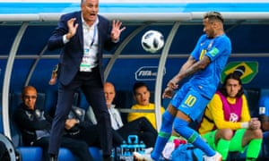 Tite and Neymar during Brazil's  2-0 win over Costa Rica in St Petersburg
