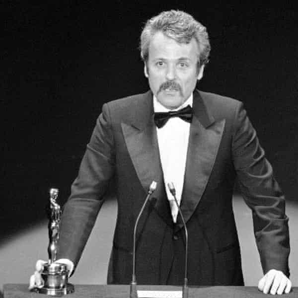 William Goldman in 1977 accepting his Oscar at the Academy awards for the screenplay of All The President's Men.