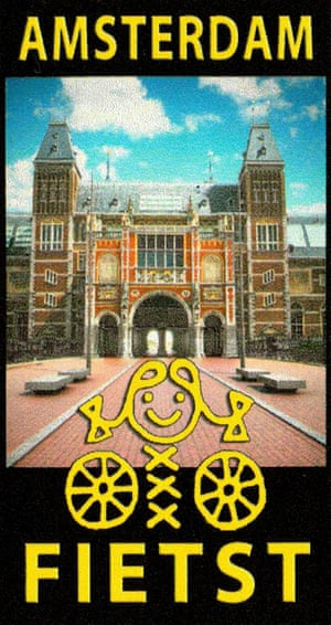 Sticker for cycling through the passage of the Rijksmuseum