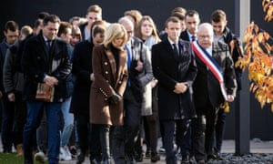 Emmanuel Macron with officials and students in Verdun
