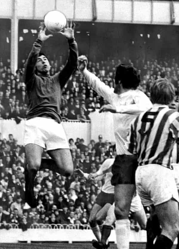 Gordon Banks in goal for Stoke City against Tottenham Hotspur in the 1970s.
