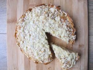 Gary Rhodes' apple cake
