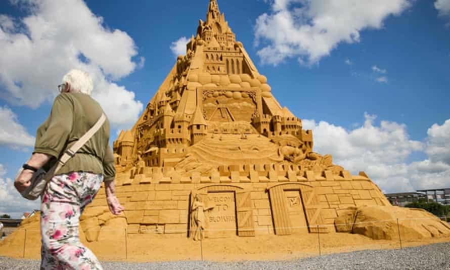 Huge pyramidal sandcastle