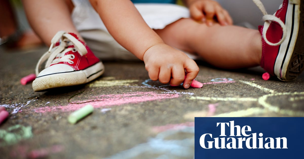 Autism therapy aimed at infants may reduce likelihood of later diagnosis