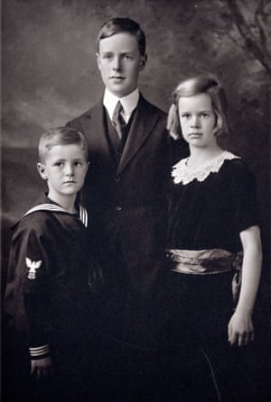 Edward Hallowell's father, uncle and aunt as children