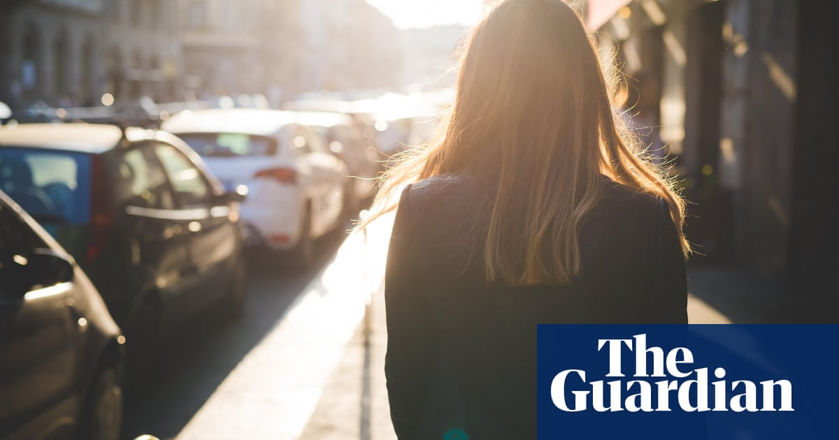 'Always with keys out': hundreds of women tell of fear of walking alone