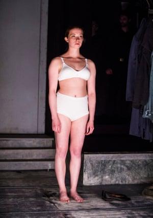 Doll-like blankness … Jenny Konig in Ophelias Zimmer.