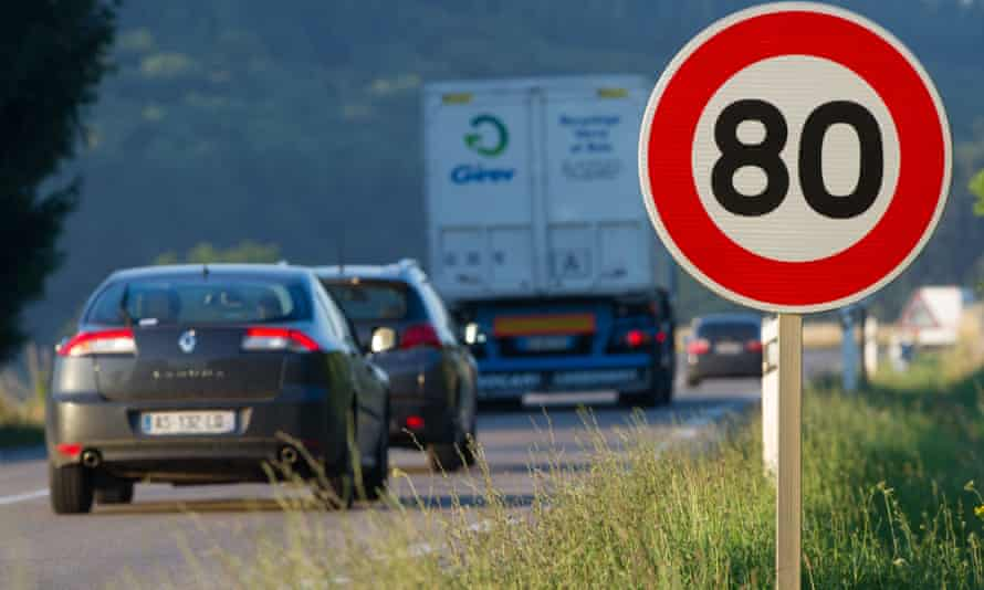 An 80 km/h speed limit sign on a road in Hyet, eastern France. The French government will announce a speed reduction from 90 to 80km/h on some 400,000 kms of secondary roads in the country.
