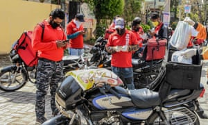 Zomato delivery drivers in March 2020.