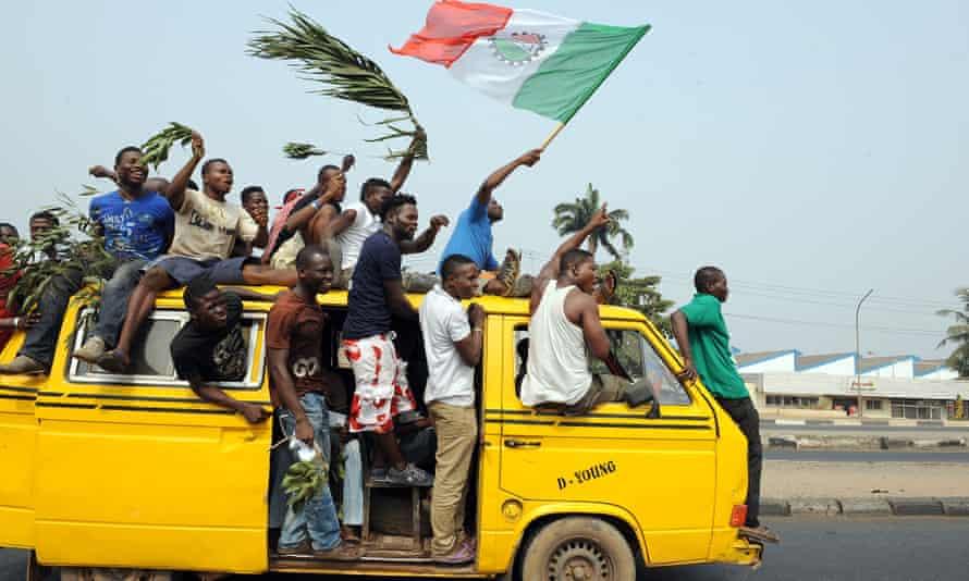 'A description of a molue, the Lagos bus, is not complete without a description of its unique sound'