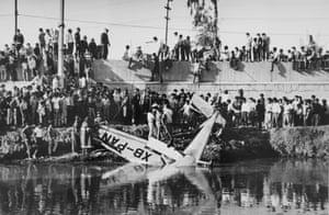 Mexico City, 1968 (plane crash in water)