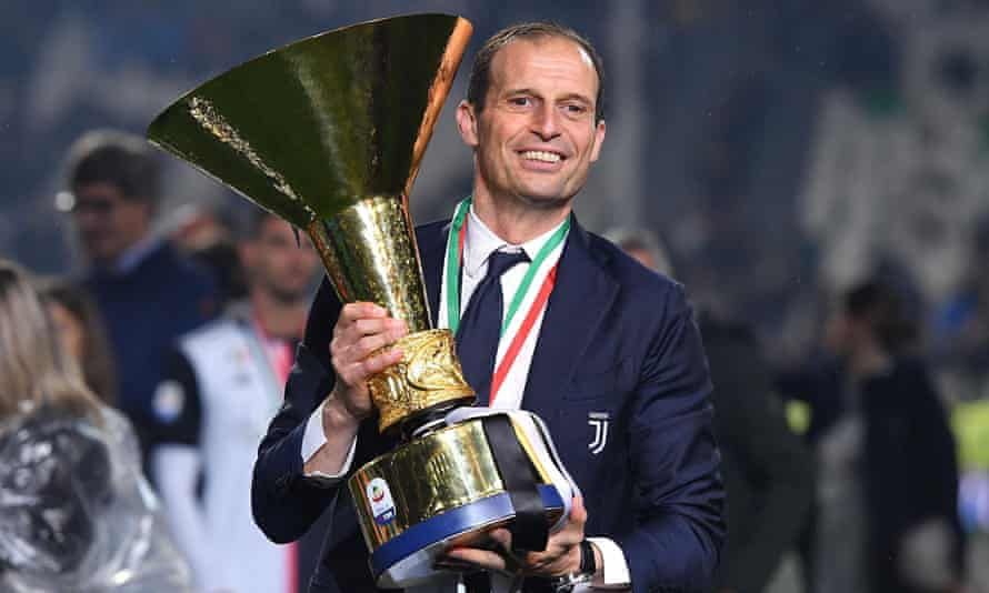 Massimiliano Allegri with the fifth and final Serie A trophy he won in his spell as Juventus manager from 2014-19.