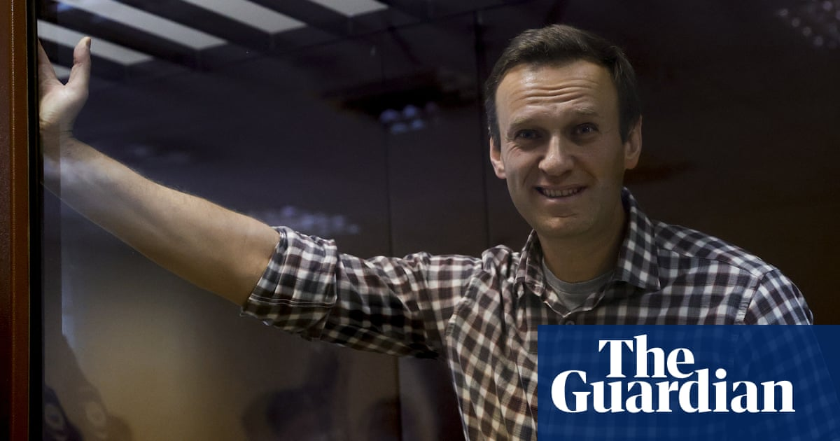 Navalny calls for a 'happy' Russia after losing appeal against prison sentence – video report