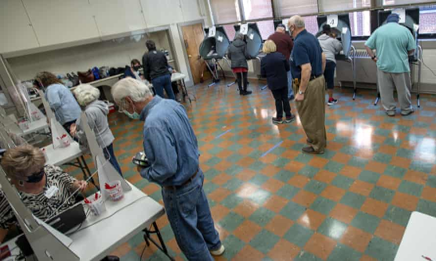 Voters cast their ballots at the Slater Center in Bristol, Tennessee on Wednesday.
